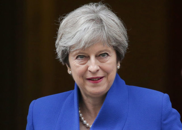 メイ首相辞任表明下げがたったの50pips