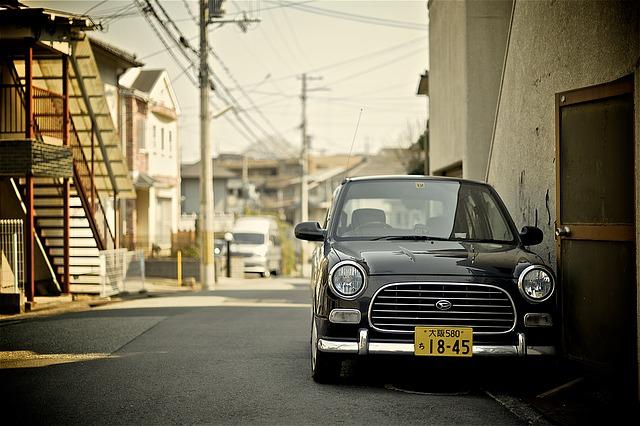 予想外の円高!上場企業の想定為替レートが110円で3月期決算は下方修正。
