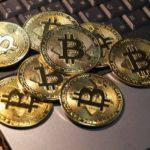 ビットコインは安全資産ではないのでドル円が落ちれば同じ道を辿る。