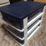 小物整理用の引き出し式収納グッズを購入。